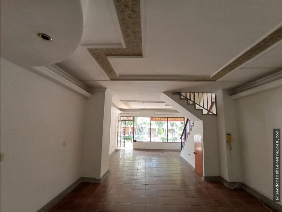 se vende local en bavaria santa marta