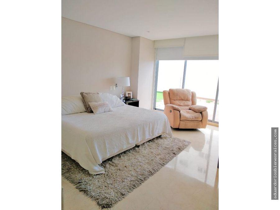 se vende apartamento a 100 mtrs de la playa