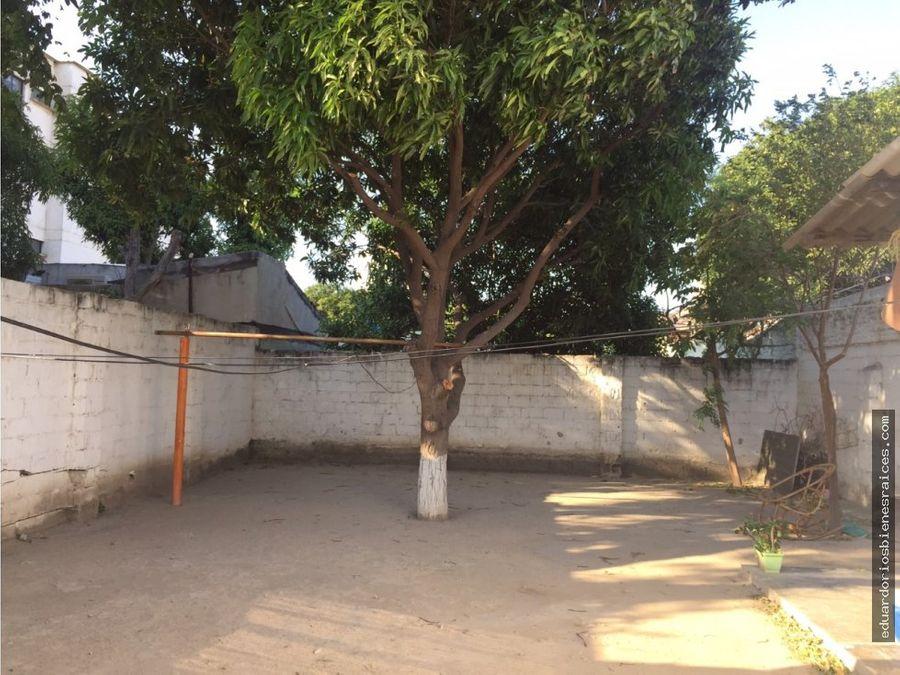 se vende casa en el barrio jardin santa marta