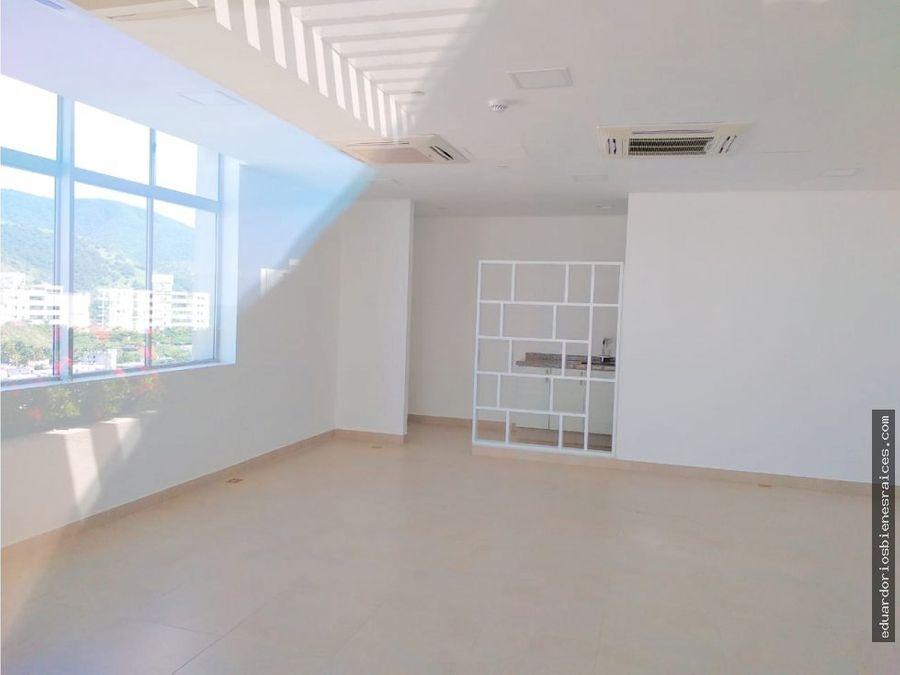 se vende apartamento nuevo en el rodadero sur