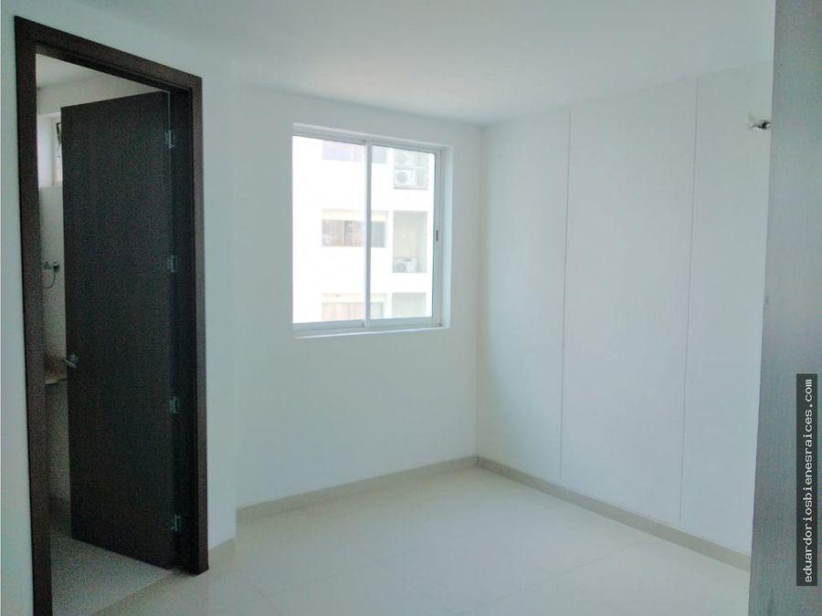 se vende apartamento a 50 mtrs de la playa