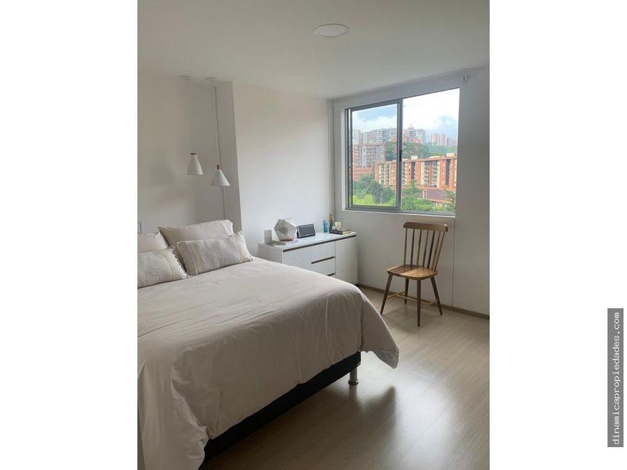 espectacular apartamento loma del esmeraldal