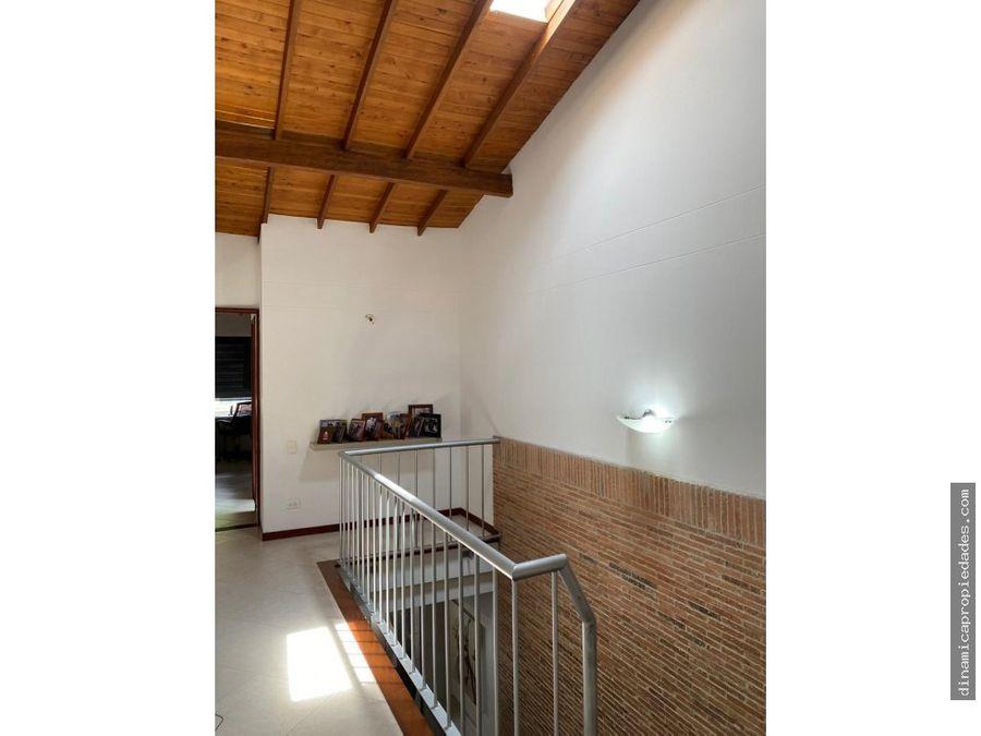 casa en venta envigado cerca cumbres esmeraldal transv intermedia