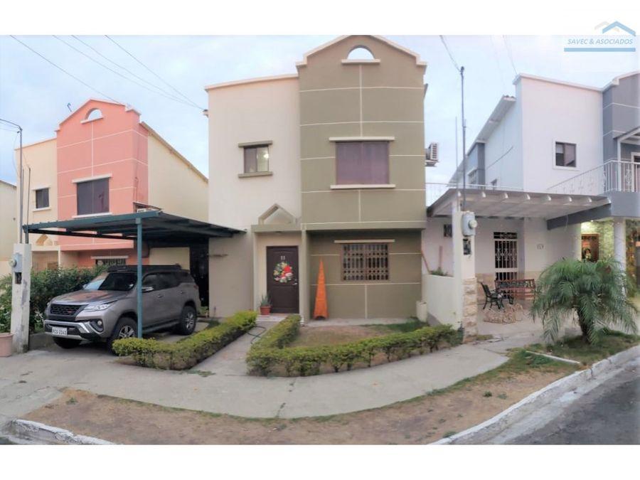 vendo casa en urbanizacion privada sur de manta