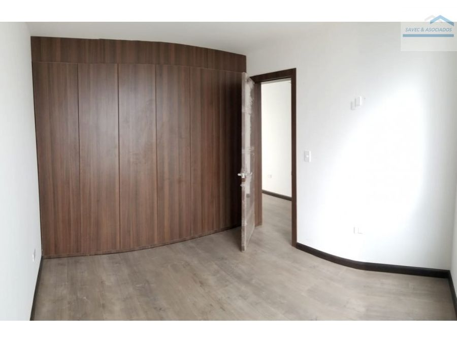 venta casa lujo 3 dormi jardin nayon 180000