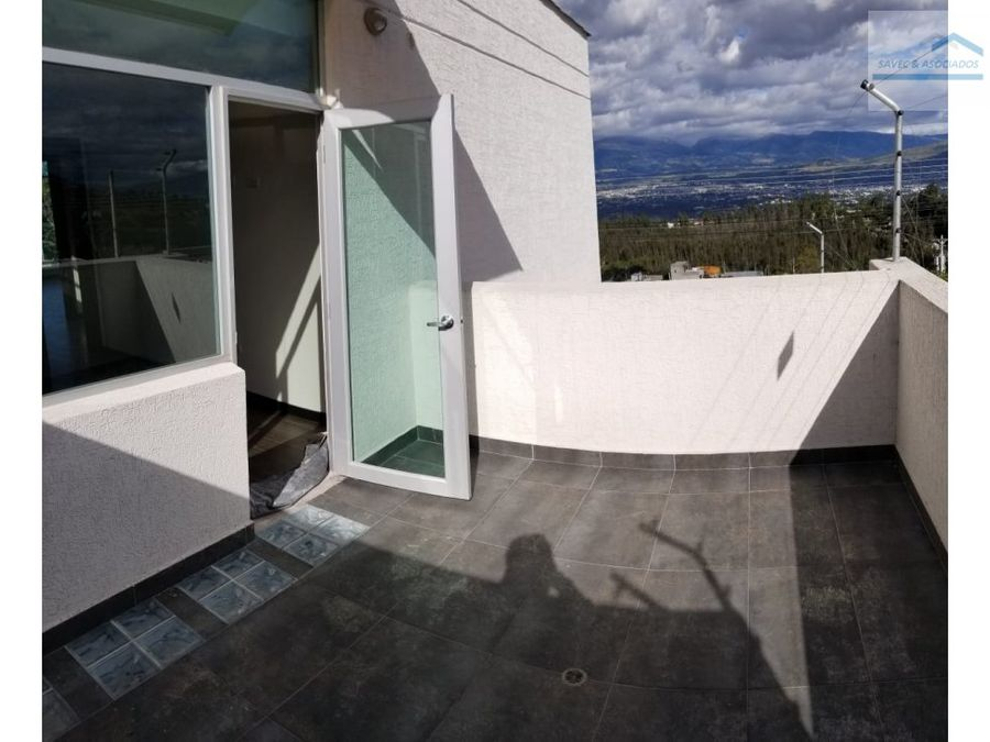 venta casa lujo 3 dormi jardin nayon 227000