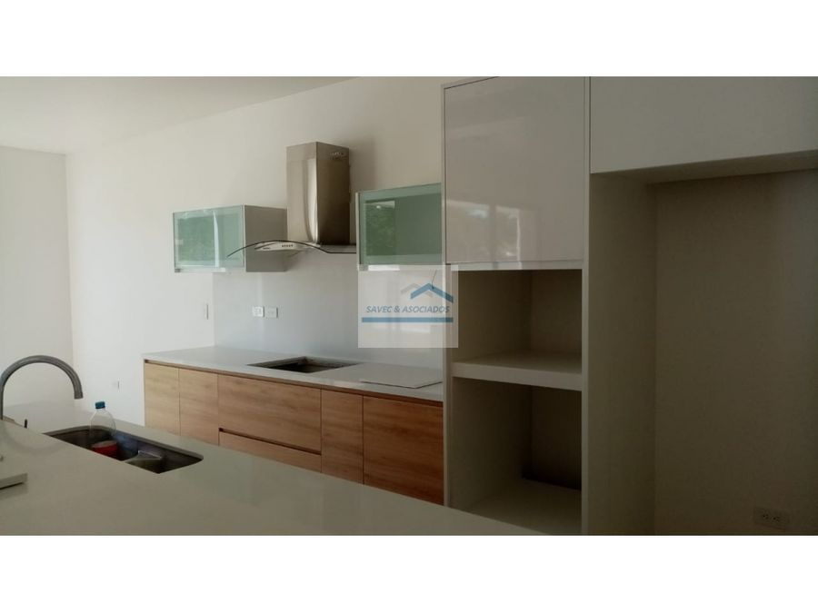 amplia casa en venta por estrenar buena esperanza tumbaco 280mil