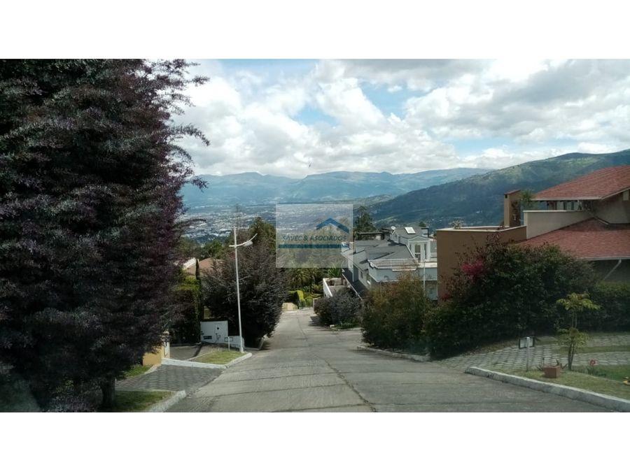 amplia casa en venta san juan de cumbaya 280mil
