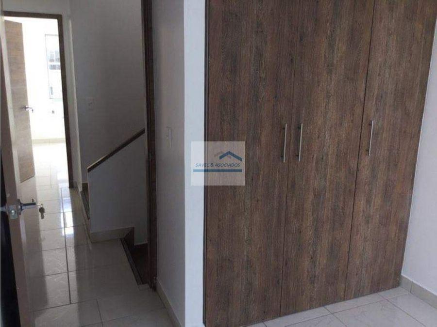 venta casa 3 dormi mitad del mundo 120000