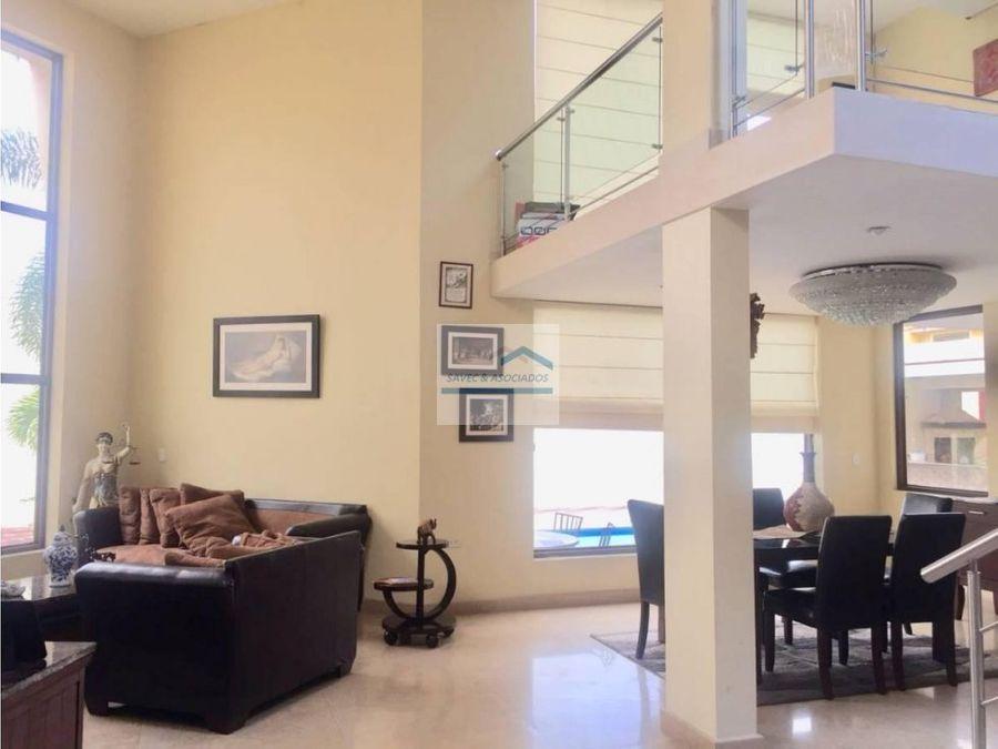 venta hermosa casa de 8 dormi portoviejo manabi
