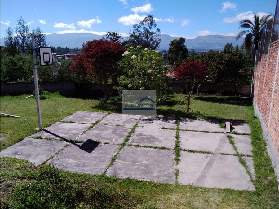 venta de hermoso terreno sector cumbaya 454800