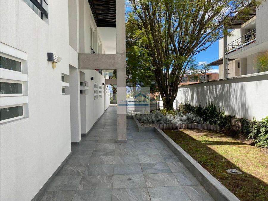 vendo espectacular departamento conjunto privado cumbaya