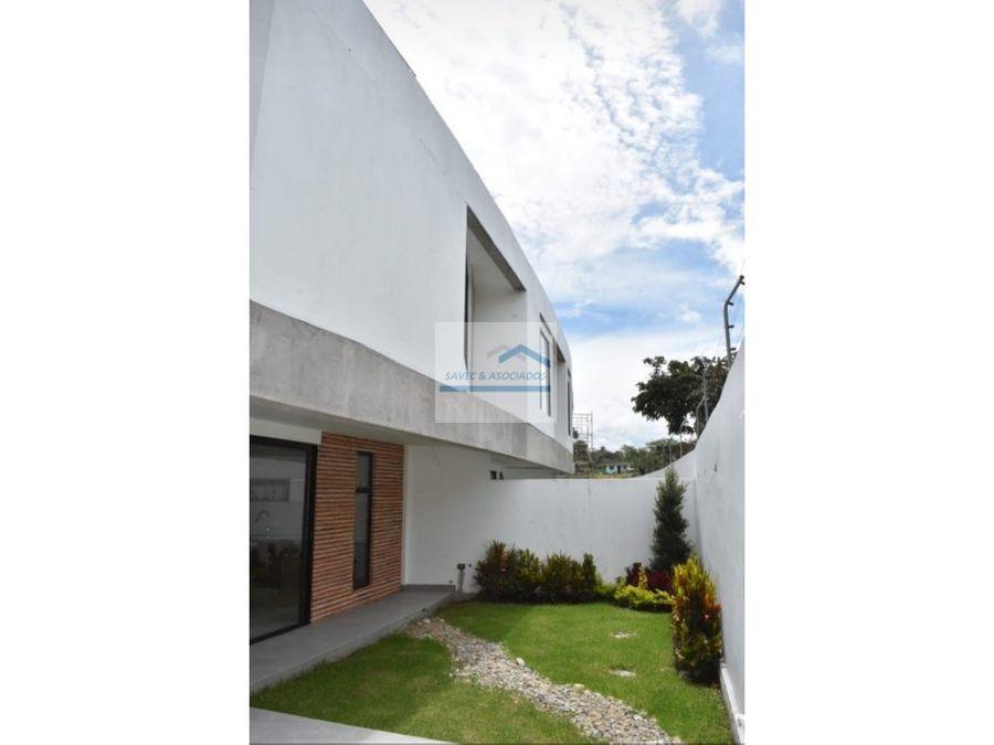 venta hermosa casa con jardin 3 dormi por estrenar tumbaco 194800