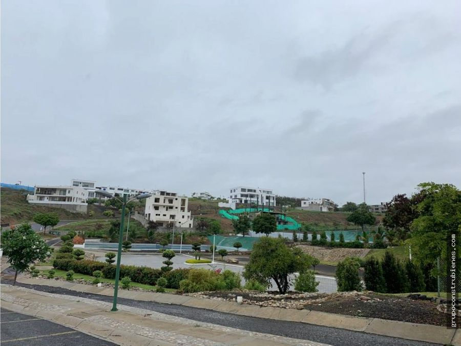 terreno en urbanizacion ciudad del mar manta