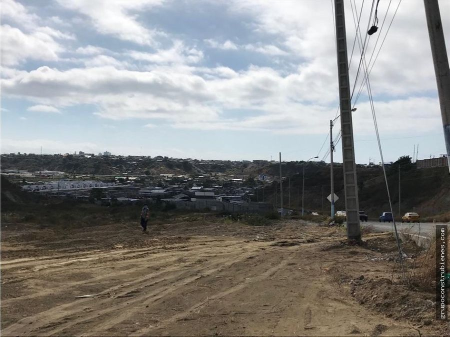 3 hectareas para construir via interbarrial manta