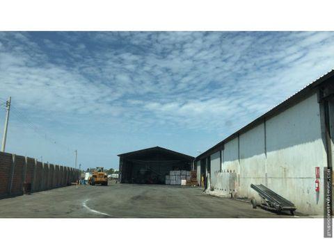 galpon industrial cerca al aeropuerto de manta