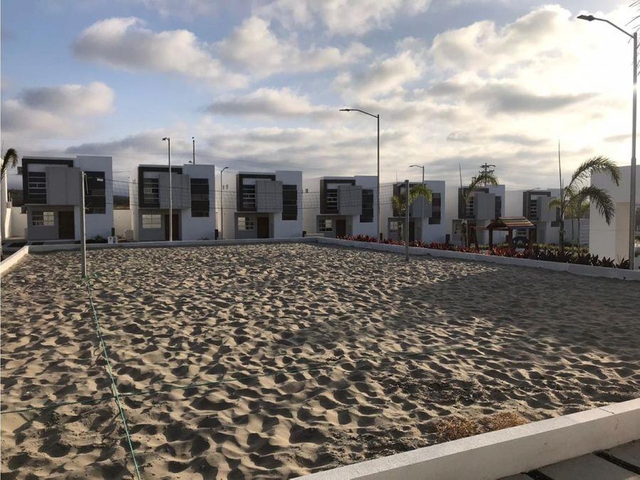 casa esquinera por estrenar en urbanizacion baru manta