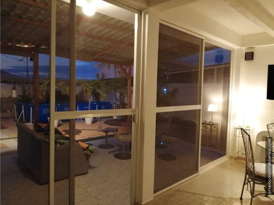 casa remodelada en urb sariland manta