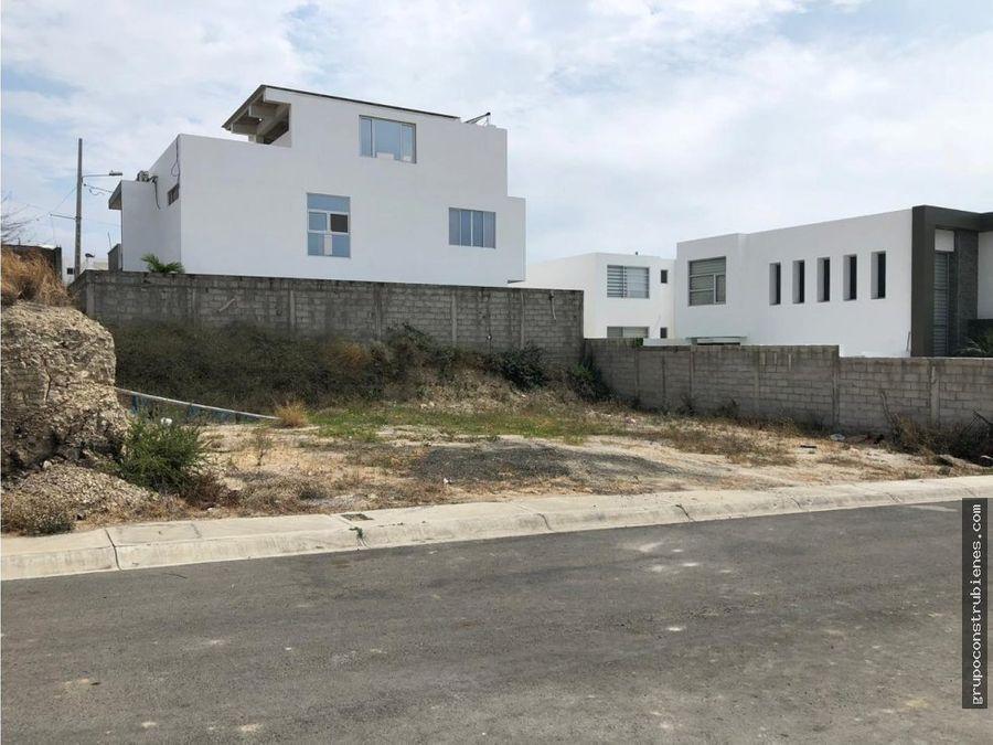 lote en urbanizacion altos de manta beach