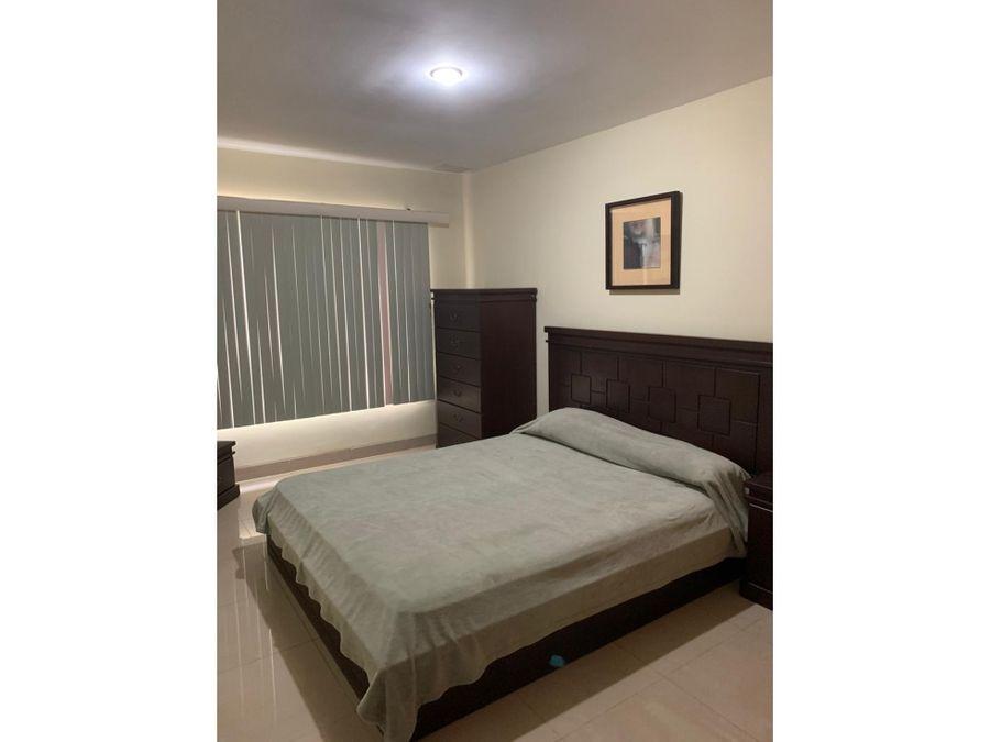departamento amoblado vista al mar sector hotel oro verde manta