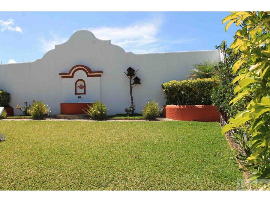linda casa cerca de antigua guatemala en venta