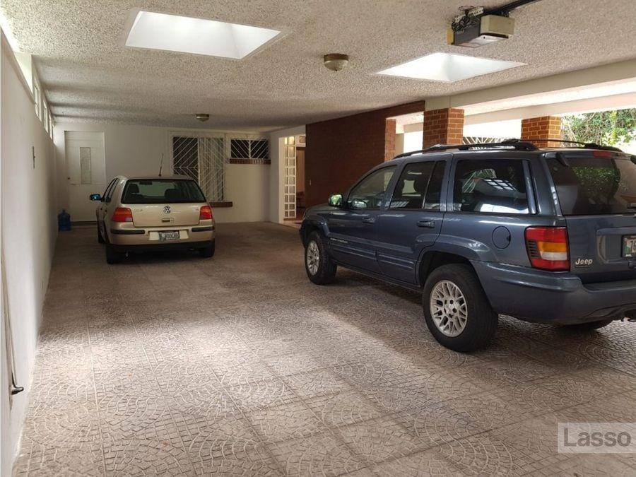casa 800 mts2 en country club guatemala