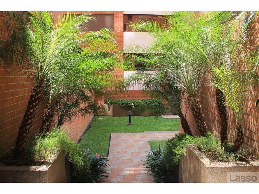 amplio apartamento de 3 hab y 3 parqueos en z14