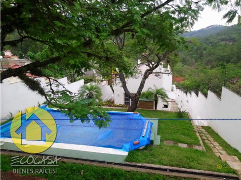 renta de casa con piscina en santa lucia