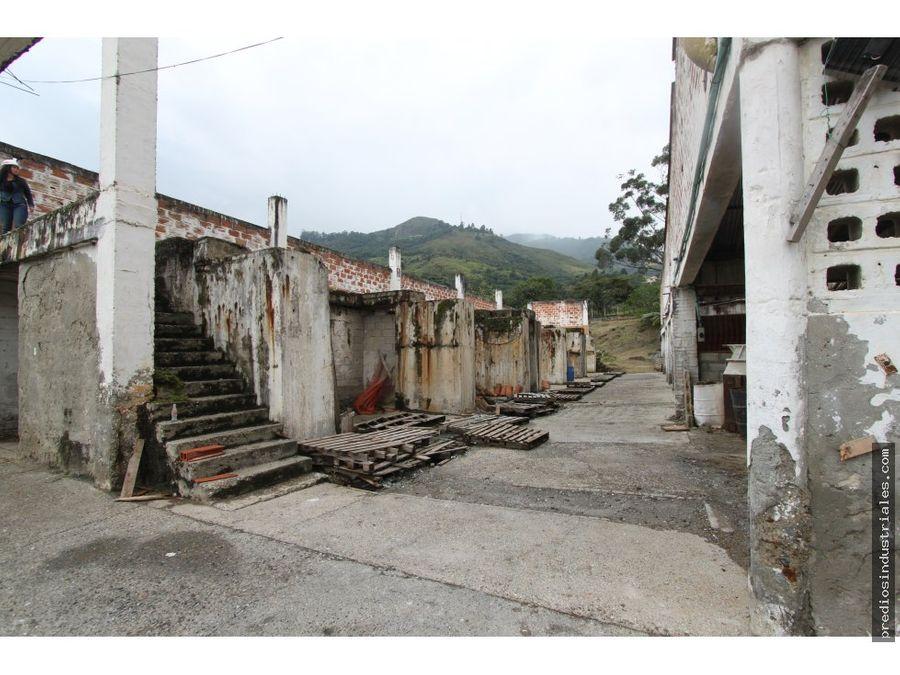 lote comercial para la venta en copacabana
