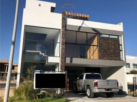 casa 16 con roof garden en sendas residencial