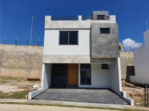 casa 17 con roof garden en coto sivec en capital norte