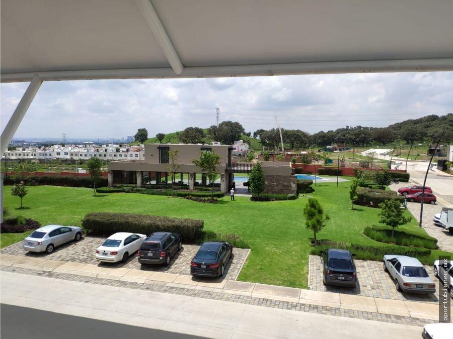 casa 5 con roof garden frente a casa club con alberca en vitana