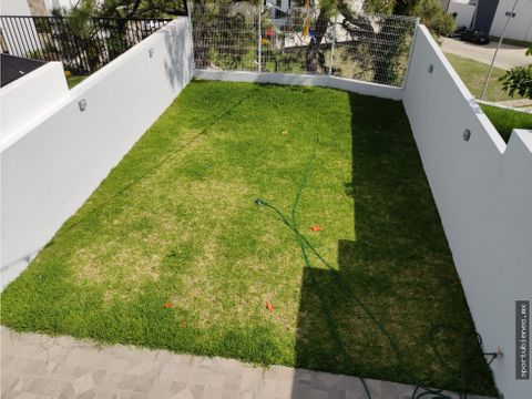 casa 48 con roof garden en sendas residencial