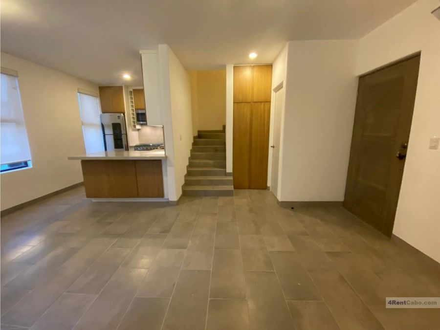 for rent townhouse unfurnished only 16000 pesos