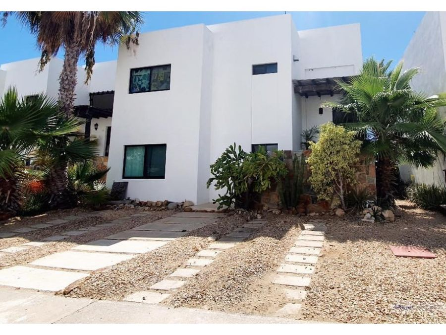 for rent great home at corridor 1300 usd