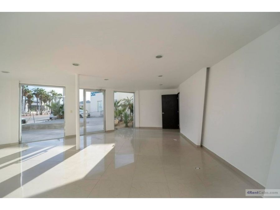 for rent commercial space 144 m2