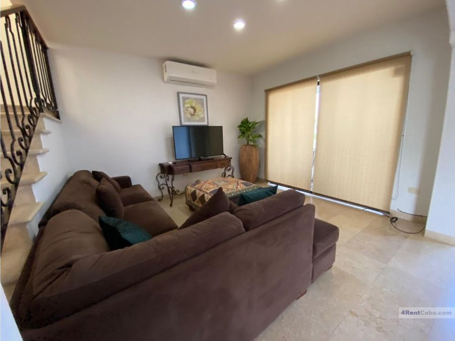 for rent great home at corridor 1700 usd
