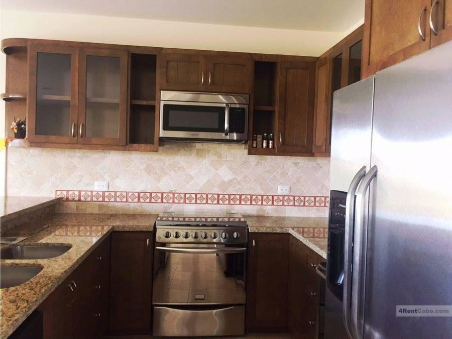 for rent ground level unit 1500 usd