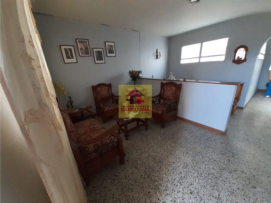 campo valdez venta casalote 3 niveles