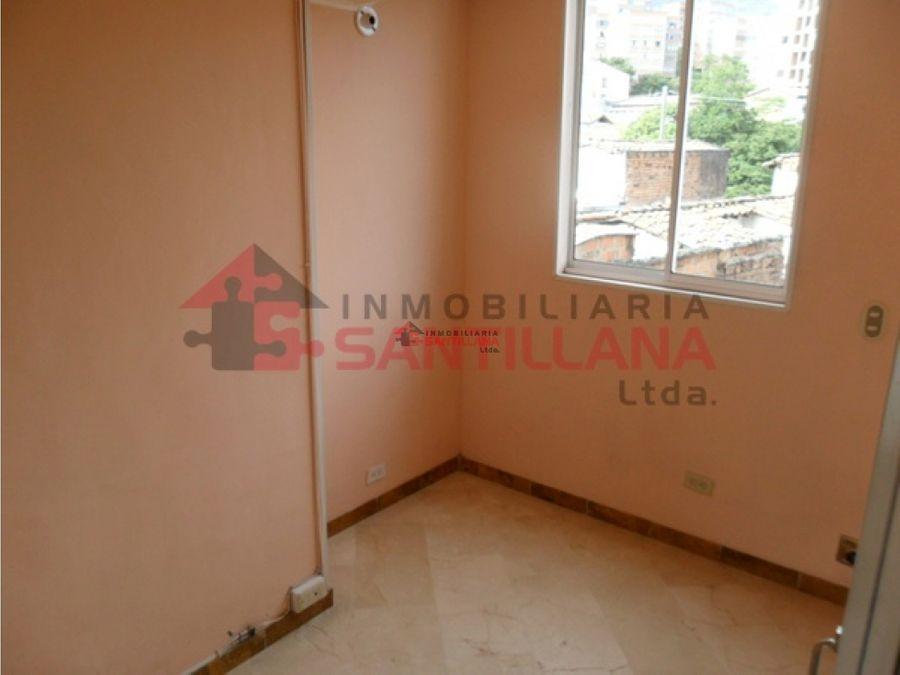 calasanz parte baja venta apartamento sobre av colombia