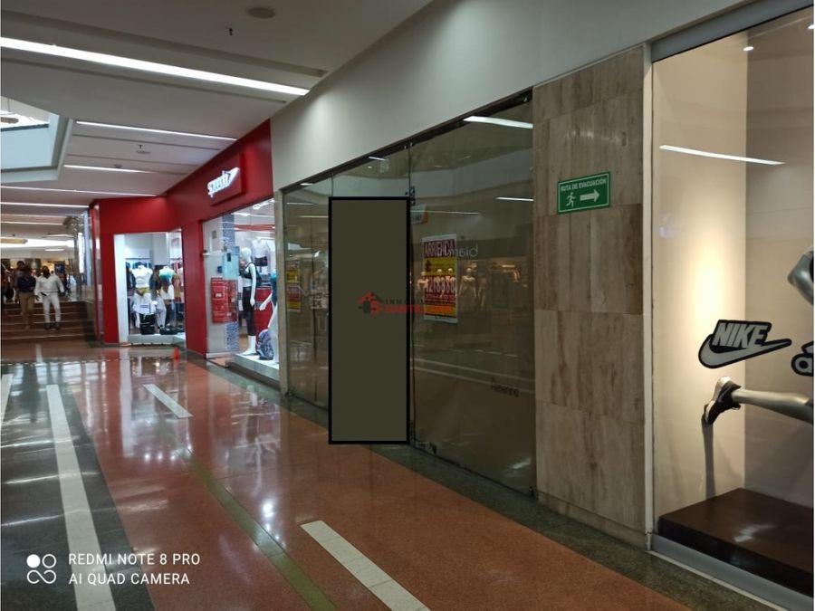 arriendo local en centro comercial unicentro