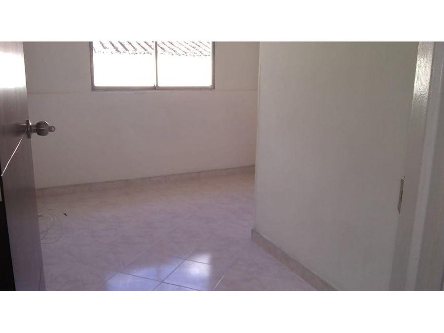 robledo lopez de mesa arriendo apto 2do piso