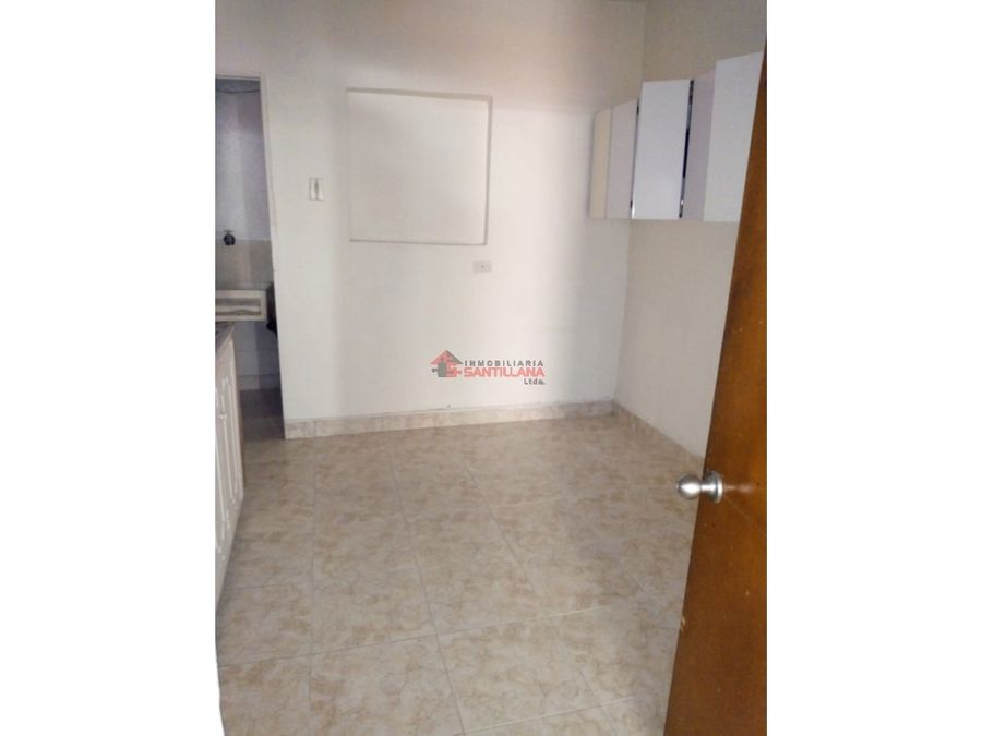 america niza arriendo apartaestudio 1er piso