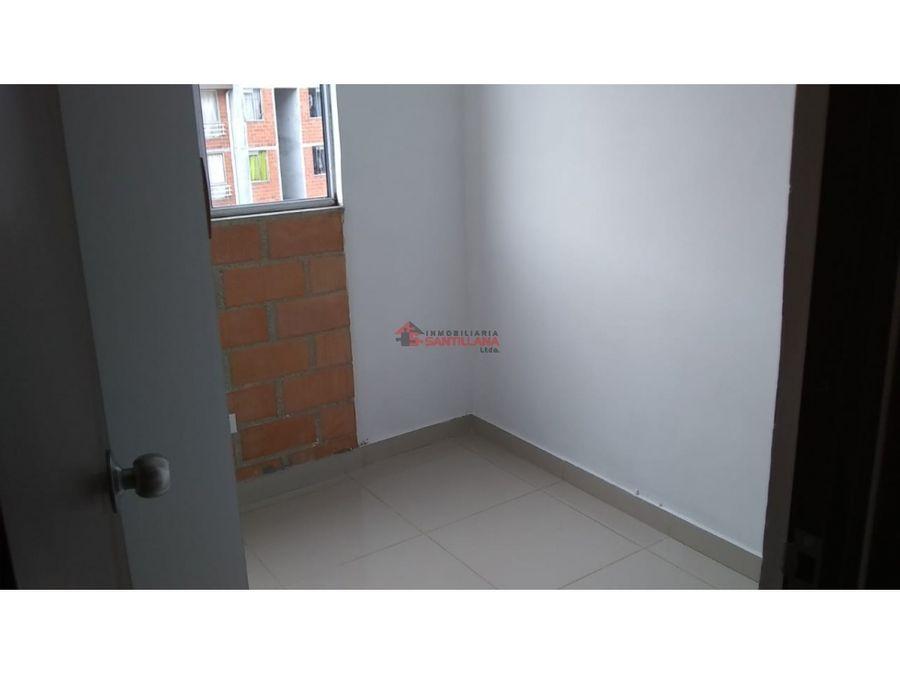 arriendo apartamento en territorio robledo 1er piso