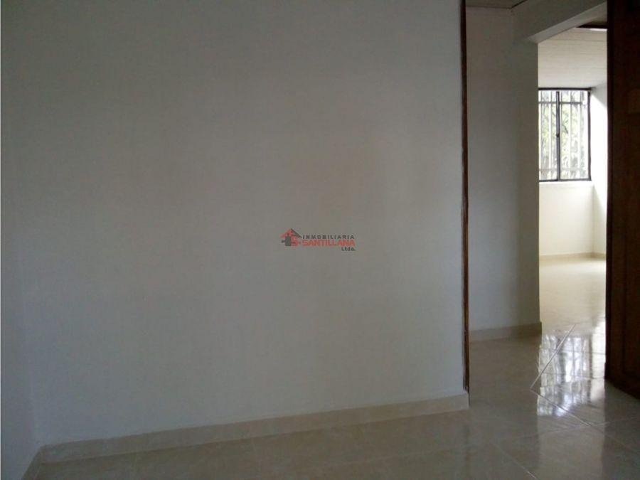 venta apartamento en tricentenario 3er piso
