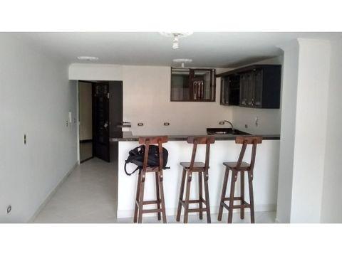 apartamento en arriendo 3er piso en villa hermosa