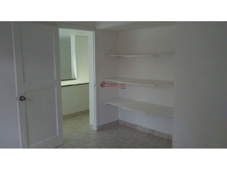 laureles arriendo casa 2do piso cerca al viva laureles