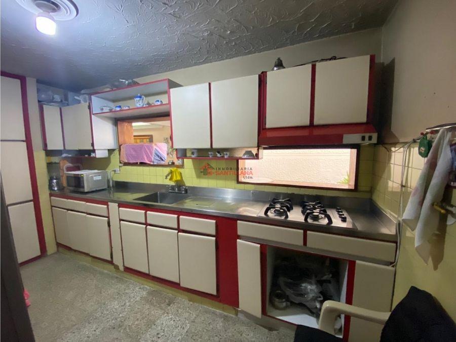 venta casa unifamiliar en los colores cerca al cai