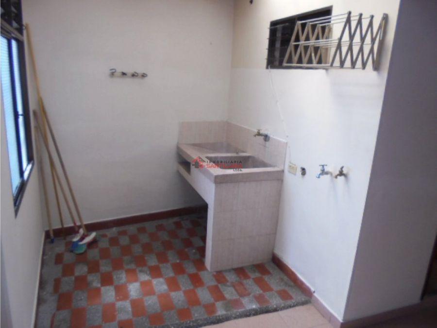 arriendo apartamento 3er piso cerca al parque de san cristobal