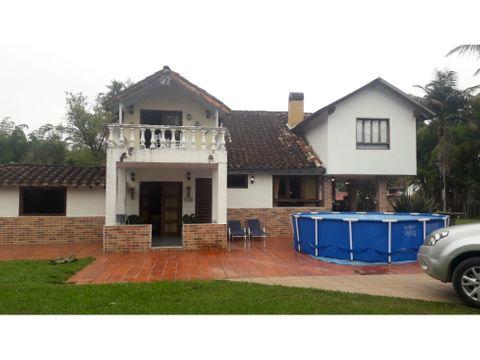 casa hermosa para la venta en la ceja